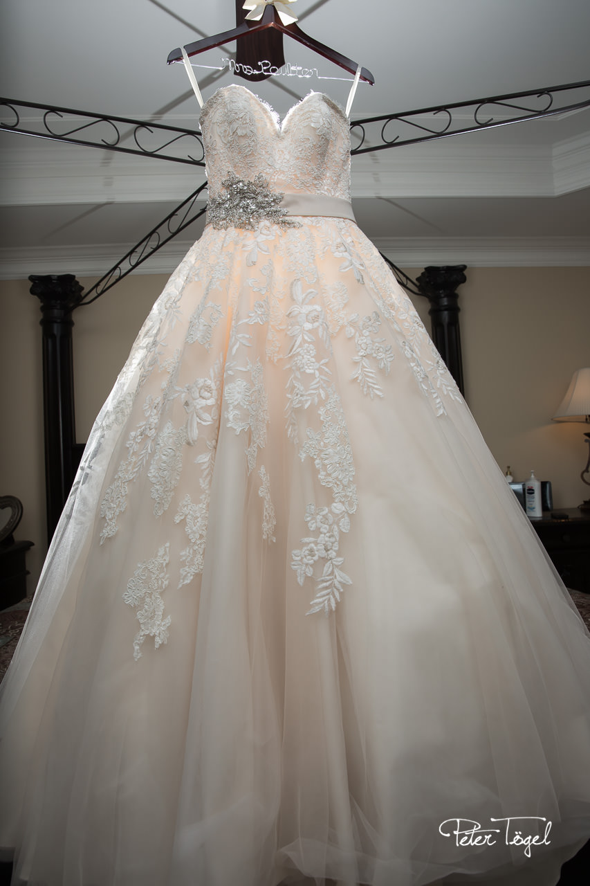 The Weddingdress