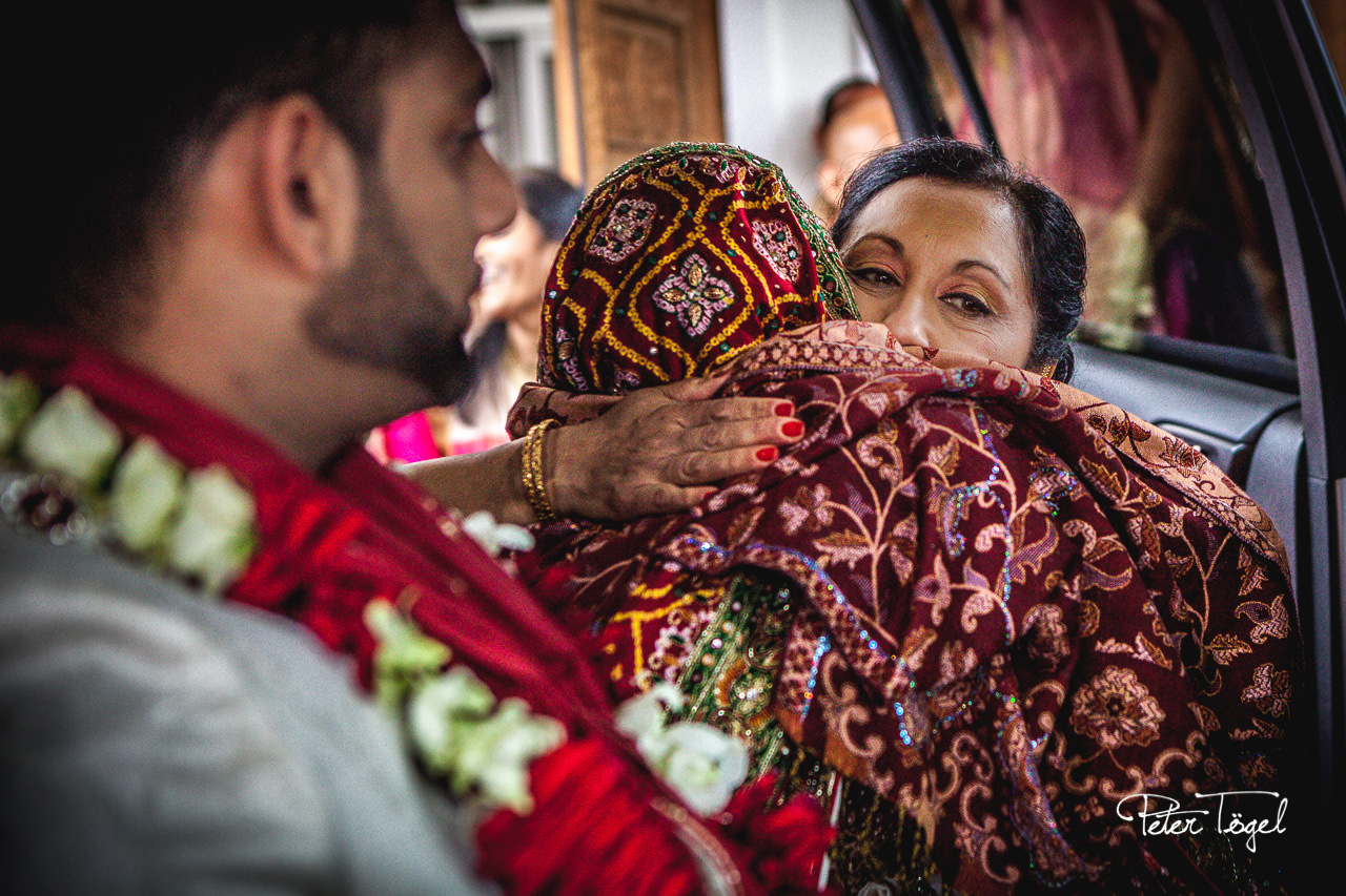Hindu Wedding Ceremony - Departure